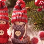 kerstpoppetjes rood en grijs gehaakt